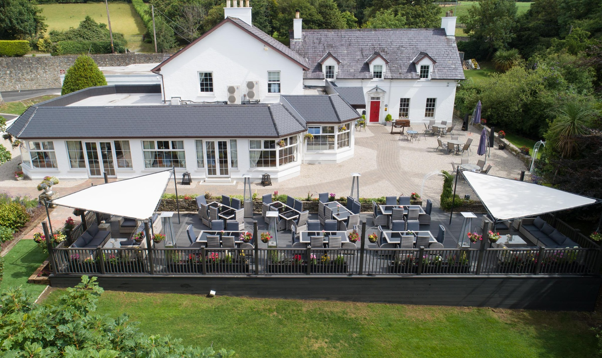 The Red Door Country House Bar & Restaurant